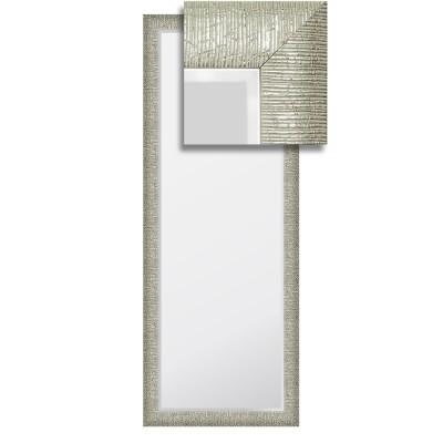Зеркало в багетной раме М-147 (53х140)